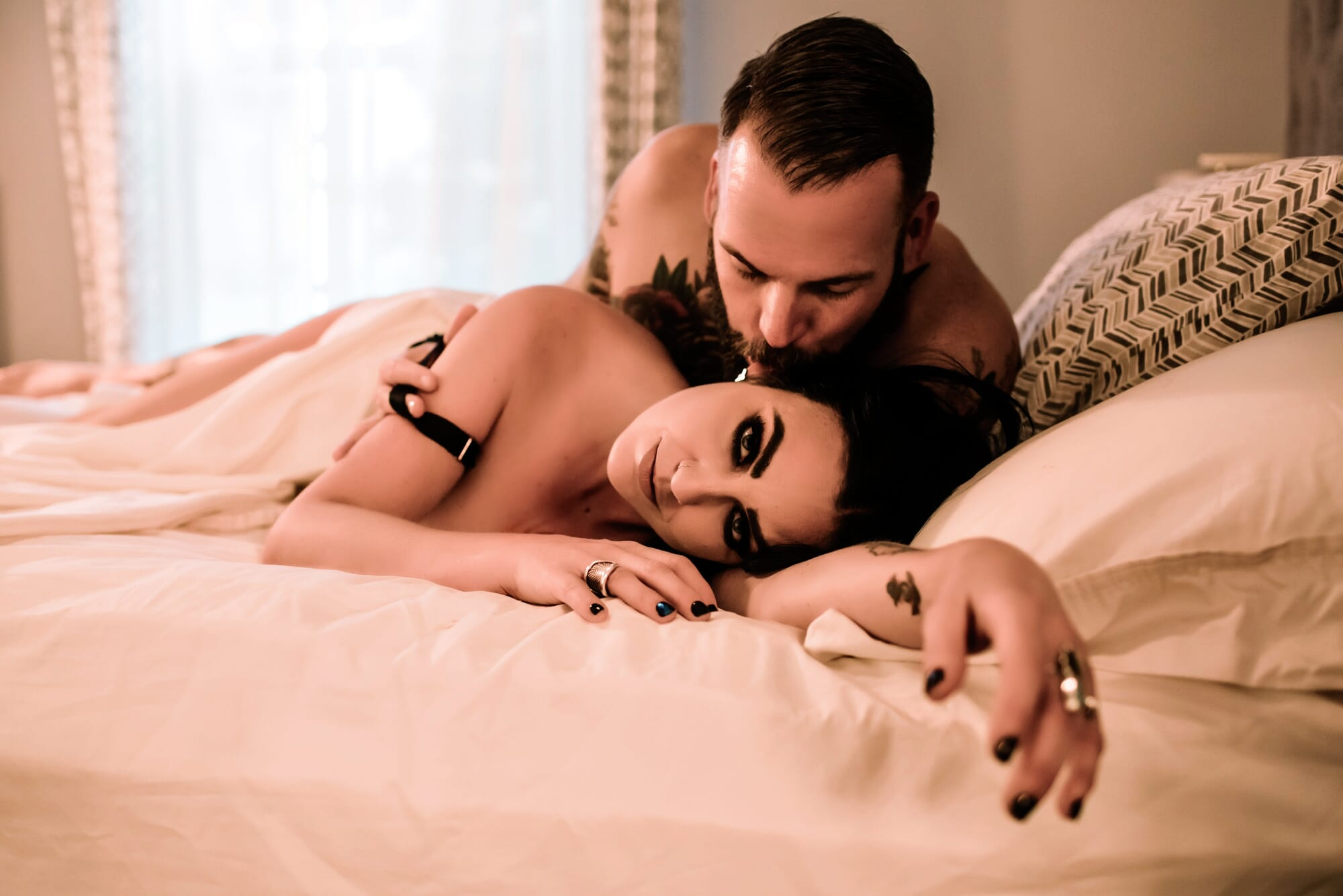 boudoir, sale, flash sale, merica, patriotic, veteran, couples boudoir, couples session, intimate session, relationship goals, intimacy, couples therapy, spice up your sexy life, christmas sale, gift, anniversary gift, gift for her, gift for him